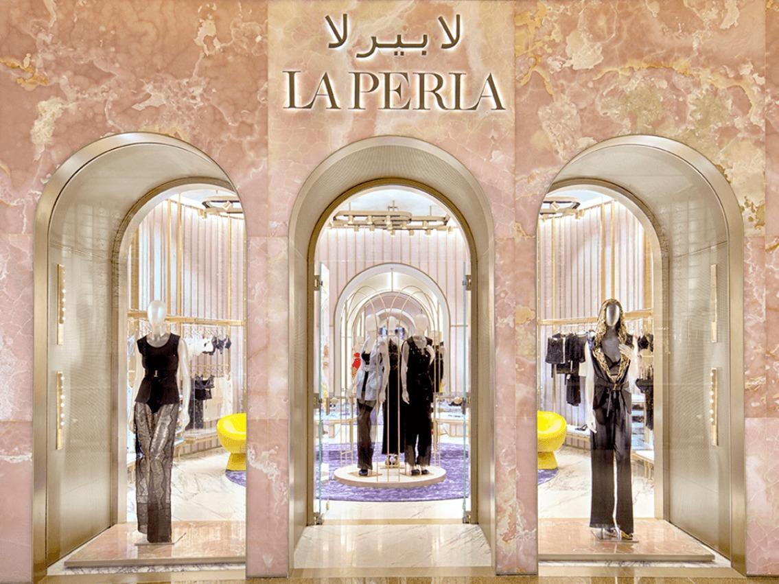 9d28ab4607f6f لا بيرلا - العلامة التجارية لملابس النساء الإيطالية الفاخرة في دبي مول