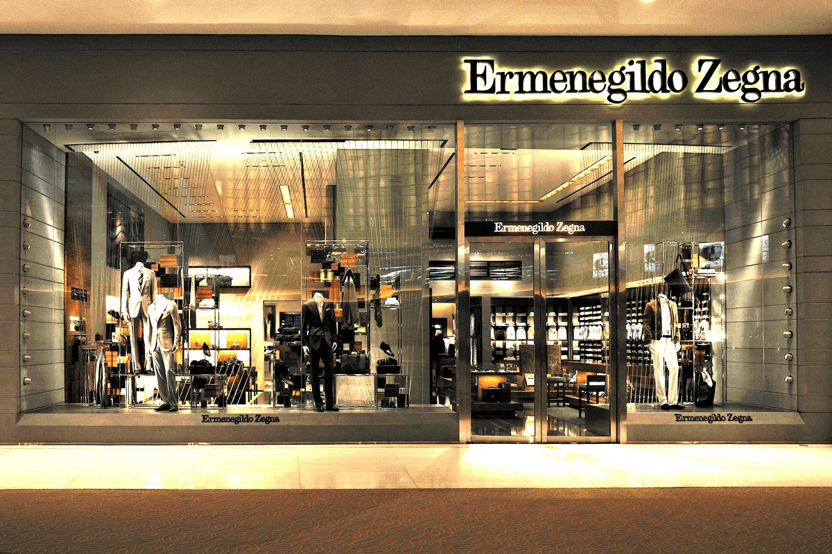 ermenegildo zegna italian luxury fashion house at the dubai mall. Black Bedroom Furniture Sets. Home Design Ideas