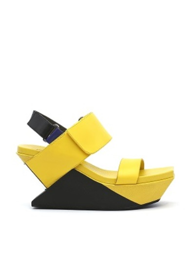 Delta Wedge I Yellow