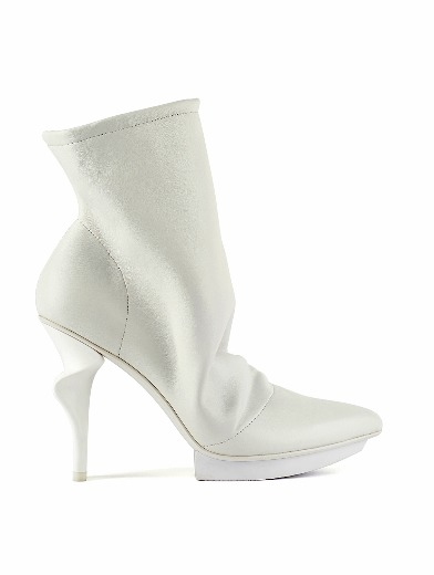 Soluch-Boot I White