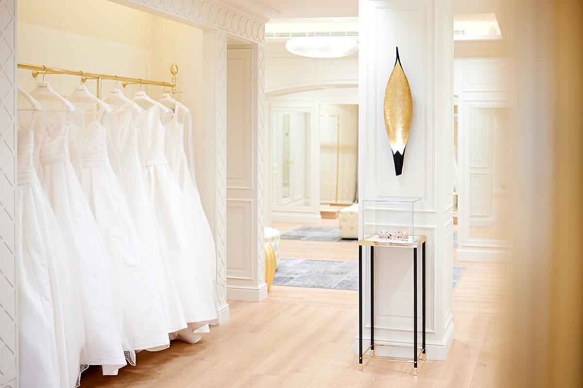 d18f849fa برنوفيوس - تشكيلة من فساتين الزفاف والحفلات في دبي مول