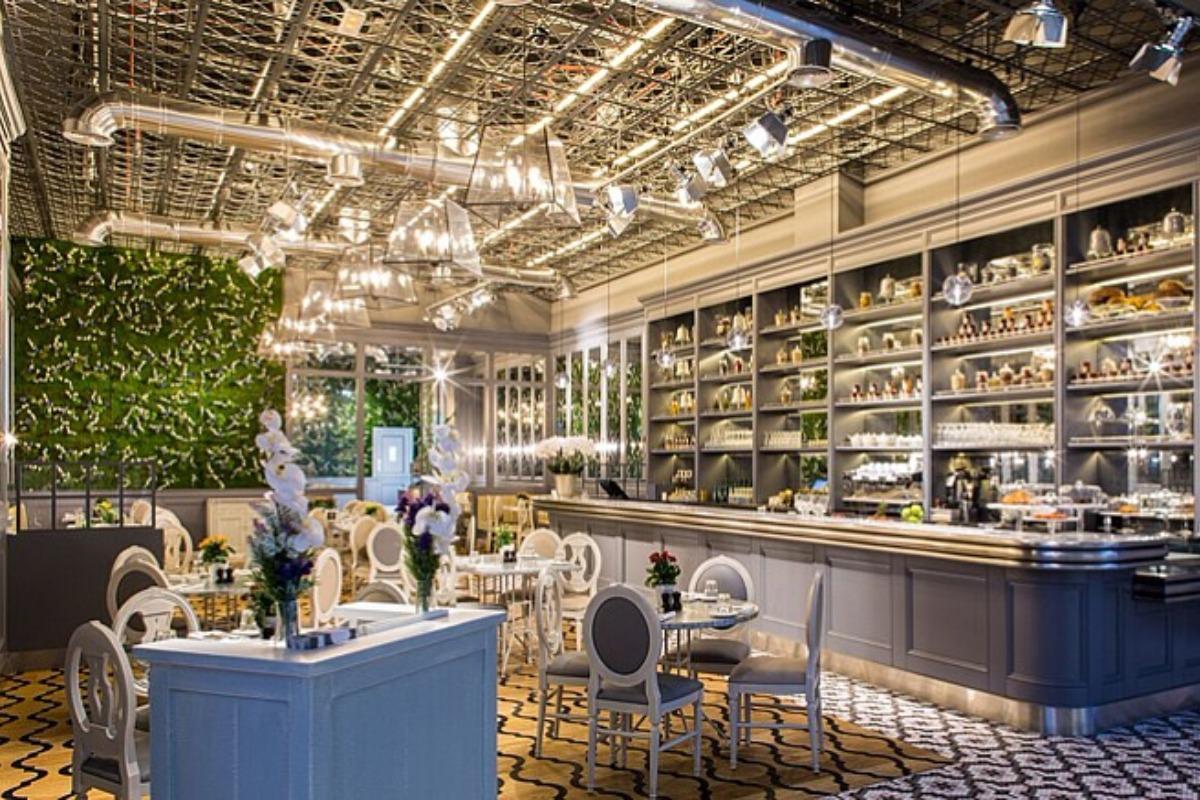 f7cf4d6fa90 Aubaine restaurant at the Dubai Mall
